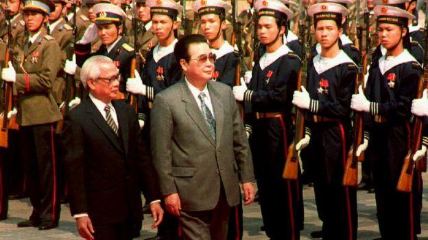 Ông Lý Bằng là Thủ tướng Trung Quốc đầu tiên thăm Việt Nam sau 21 năm, vào năm 1992