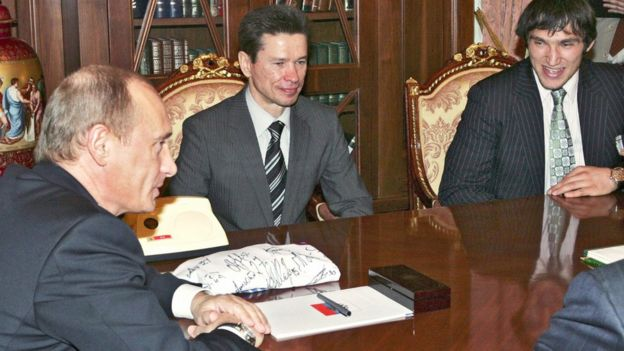 Putin y Odechkin.