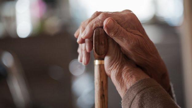 O envelhecimento populacional é uma das forças que, neste século 21, têm potencial para elevar a desigualdade. Fotografia: Getty Images