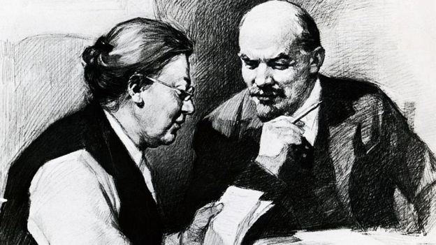 Lenin con su esposa, Nadya Krupskaya.
