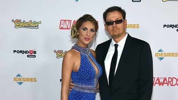 August Ames, em foto com seu marido Kevin Moore,