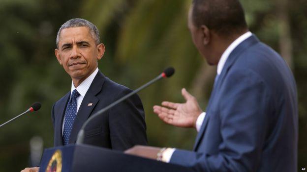 Barack Obama and Kenyan President Uhuru Kenyatta at news conference. 25 July 2015