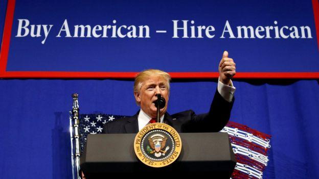 Donald Trump ante trabajadores de Wisconsin