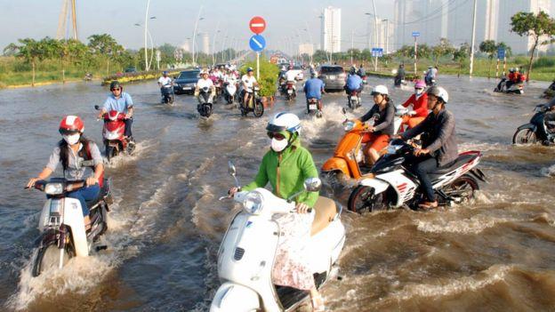 Ngập lụt do nước triều dâng ở TPHCM - ảnh hồi năm 2014