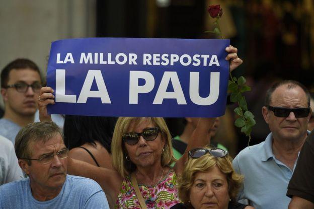 Manifestación en Barcelona el sábado 26 de agosto en rechazo a los atentados en Las Ramblas y en Cambrils, Cataluña, España.