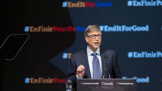 Bill Gates discursando