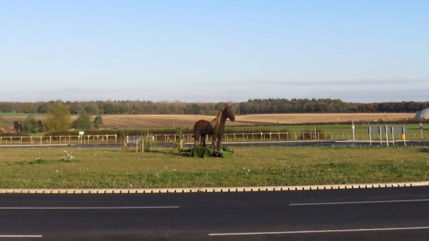 War horse sculpture on roundabout