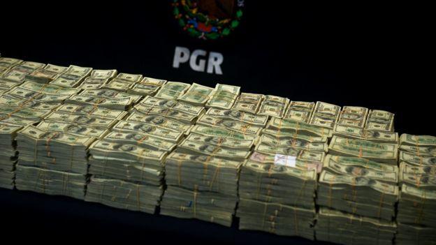 Dólares del narcotráfico.