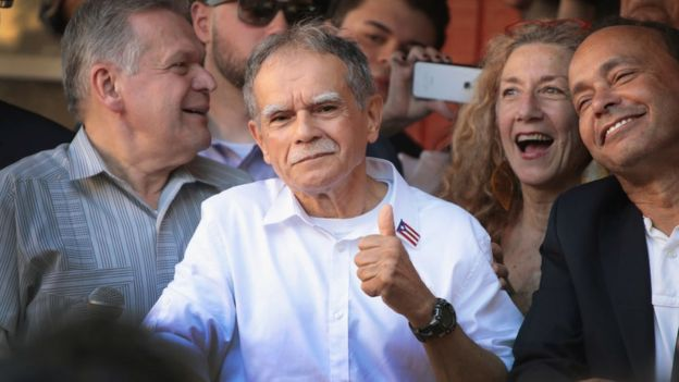 Oscar López Rivera tras su liberación.