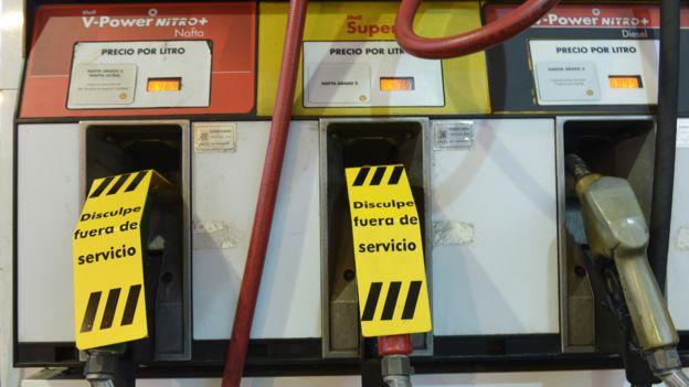 Estación de gasolina en Argentina