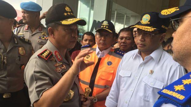 Kepala Polri Jenderal Tito Karnavian dan Menteri Perhubungan Budi Karya mengingatkan harus mau menerima kritik masyarakat