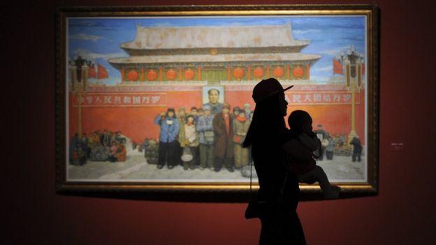 中國近年從限制生育改為鼓勵生育,女性的家庭角色不斷被強調。