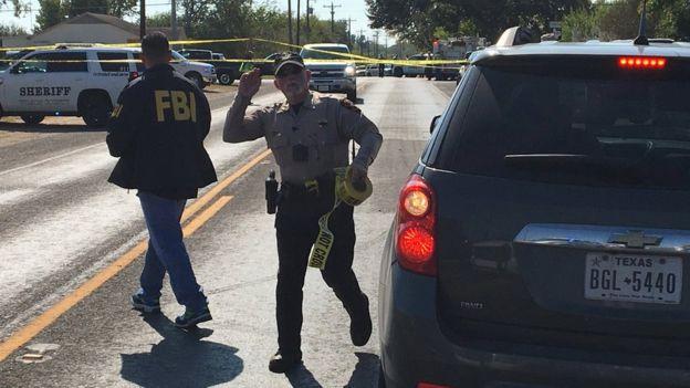 Petugas FBI