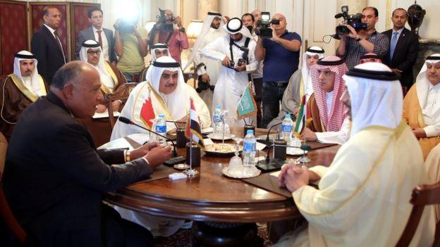 کشورهای عرب تحریمکننده قطر 'درخواستهای خود را تعدیل کردند'