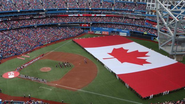 多倫多藍鳥(Toronto Blue Jays)對波士頓紅襪隊的棒球賽