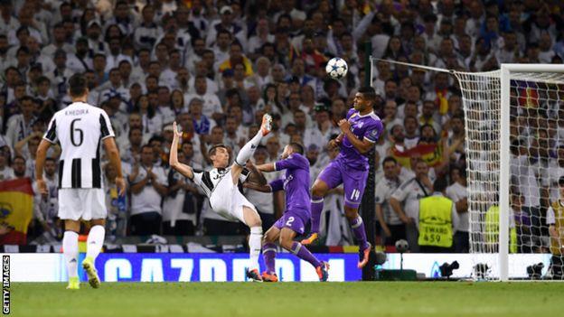 Mario Mandzukic alifungia Juventus bao la pekee kwa ustadi mkubwa