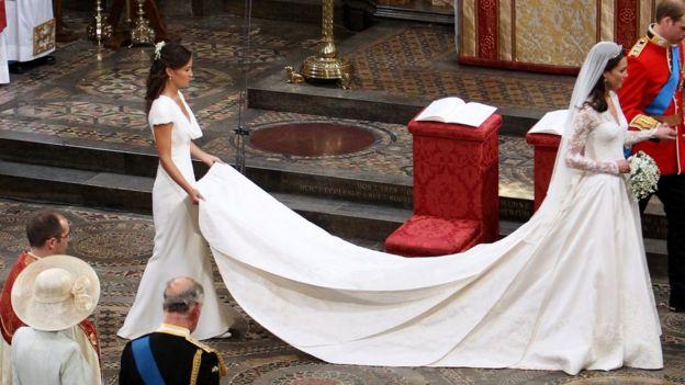 凱特王妃的婚紗