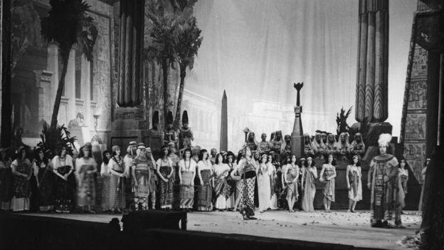 عرض لأوبرا عايدة عام 1930