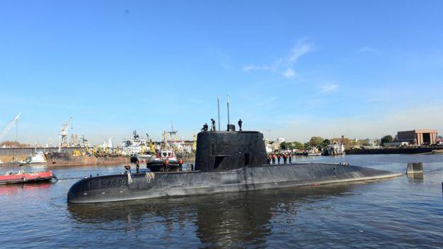Ara San Juan, el ahora olvidado submarino Argentino desaparecido con 44 tripulantes a bordo - Página 2 _98880388_043088496-1