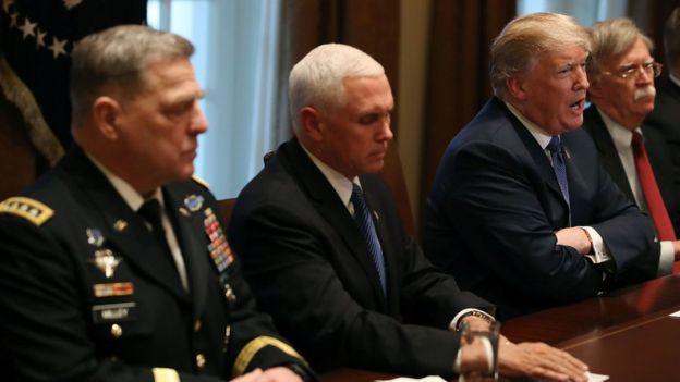 El presidente Trump en una reunión.