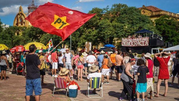 Passeata pró-Lula em Porto Alegre