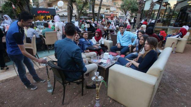 شمال حلب، زندگی در منطقه تحت کنترل حکومت بشار اسد، پائیز ۱۳۹۵
