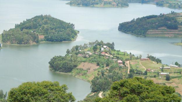 Islas en el Lago Bunyonyi