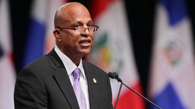 Dean Barrow, primer ministro de Belice.