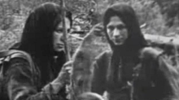 Agafia e sua irmã Natalia