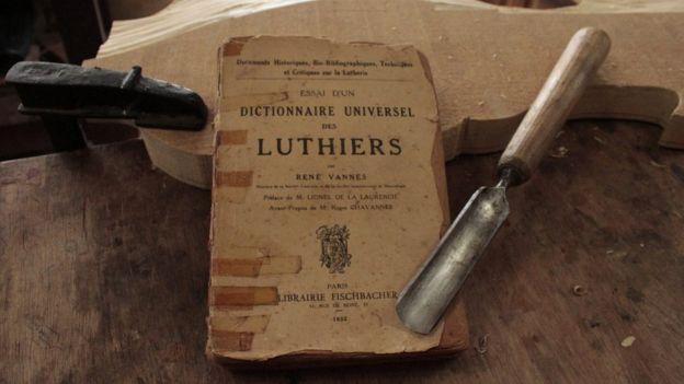 Livro de luthiers