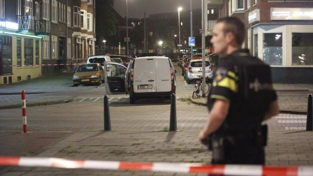 Dutch foil possible attack on tip from Spain; no Barcelona link