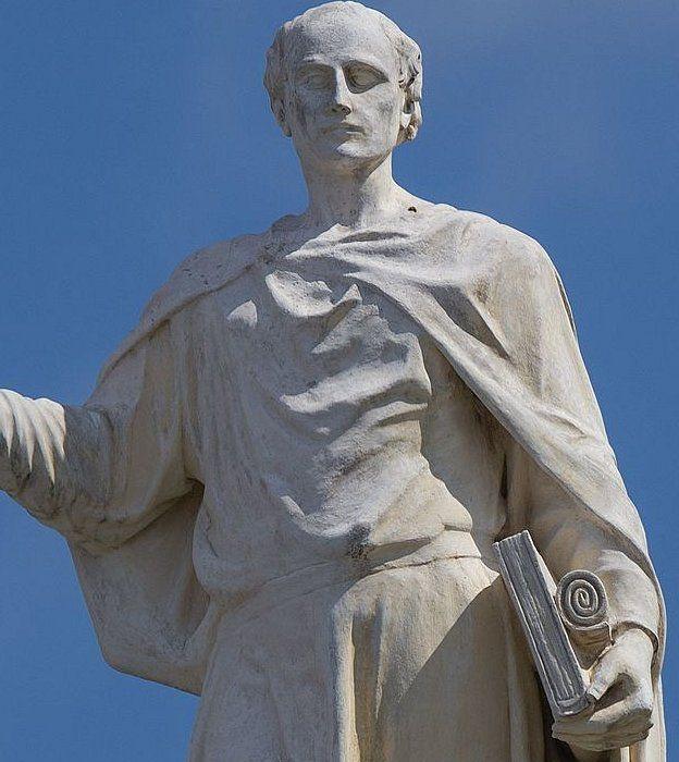 Estatua de Alcuino