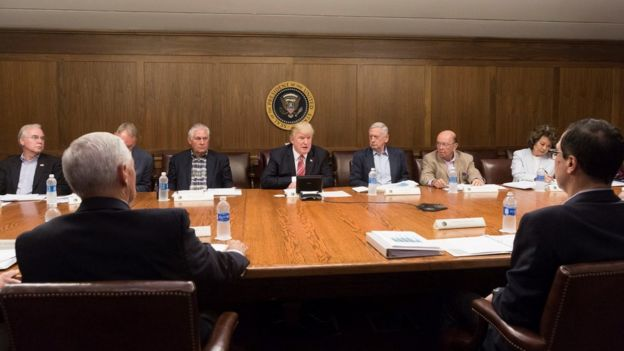 بررسی جزئیات تخلیه و امداد در فلوریدا از رئوس جلسه روز شنبه هیات دولت آمریکا بود