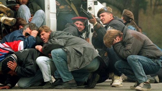 Bosniaks under attack in Sarajevo, Apr 92
