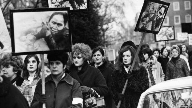 Phản chiến biểu tình ở Anh