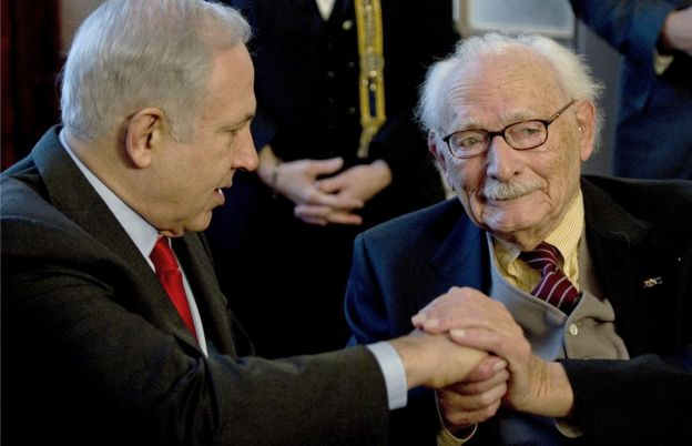 Биньямин Нетаньяху и Йохан ван Хульст в 2015 году