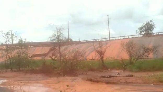 lama contaminada escorrendo da empresa norueguesa