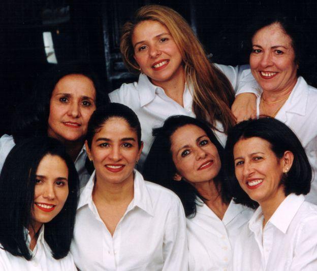 Las J Sisters: de izquierda a derecha: Jonice, Judseia, Jane, Joyce, Jussara, Jocely y Juracy
