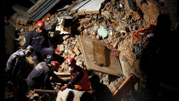 尼泊爾2015年發生嚴重地震,多國派出人員協助救災