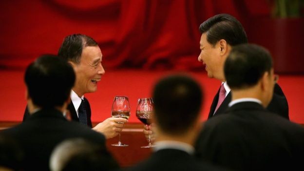 Wang Qishan and Xi Jinping drink together