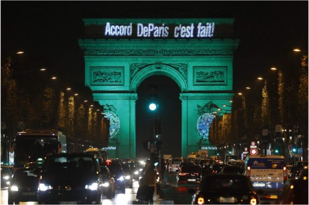 احتفلت باريس بدخول الاتفاقية حيز التطبيق في نوفمبر/تشرين الثاني