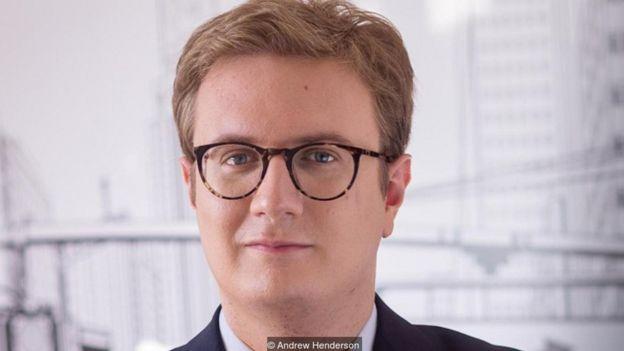 Andrew Henderson, doanh nhân Mỹ, đã có bốn hộ chiếu và đang 'sưu tầm' cuốn thứ năm