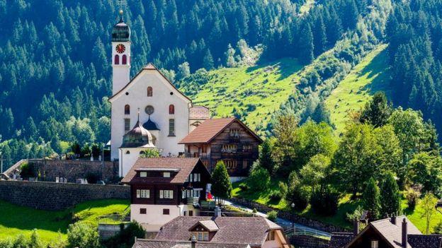 منظر طبيعي من سويسرا