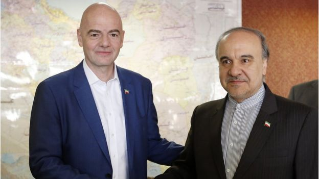 Fifa president Gianni Infantino, left, and Iranian sport minister Masoud Soltanifar