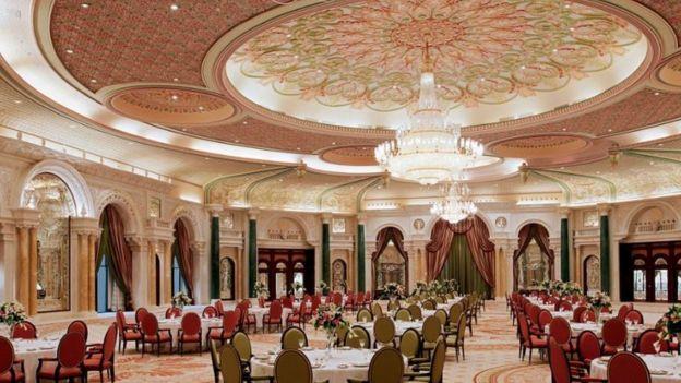 The B lounge of the Ritz-Carlton hotel in Riyadh.  Photo: Web Ritz-Carlton Riad