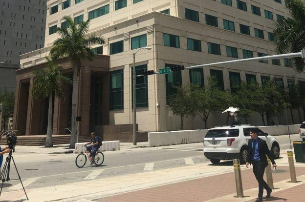 La primera audiencia de Taby Falcón fue el juez federal del Distrito Sur de Florida, Jonathan Goodman. BBC