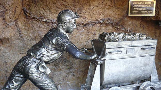 Estatua de un minero