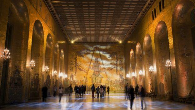 Interior del edificio en el que se celebran los Nobel en Estocolmo.