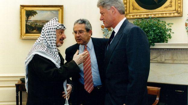 Yasser Arafat, Bill Clinton e tradutor