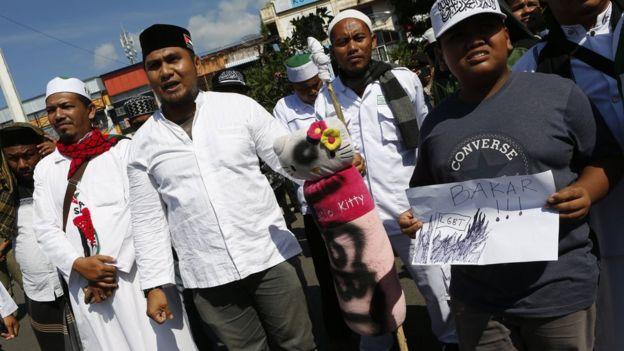 Protes anti-LGBT di Aceh.